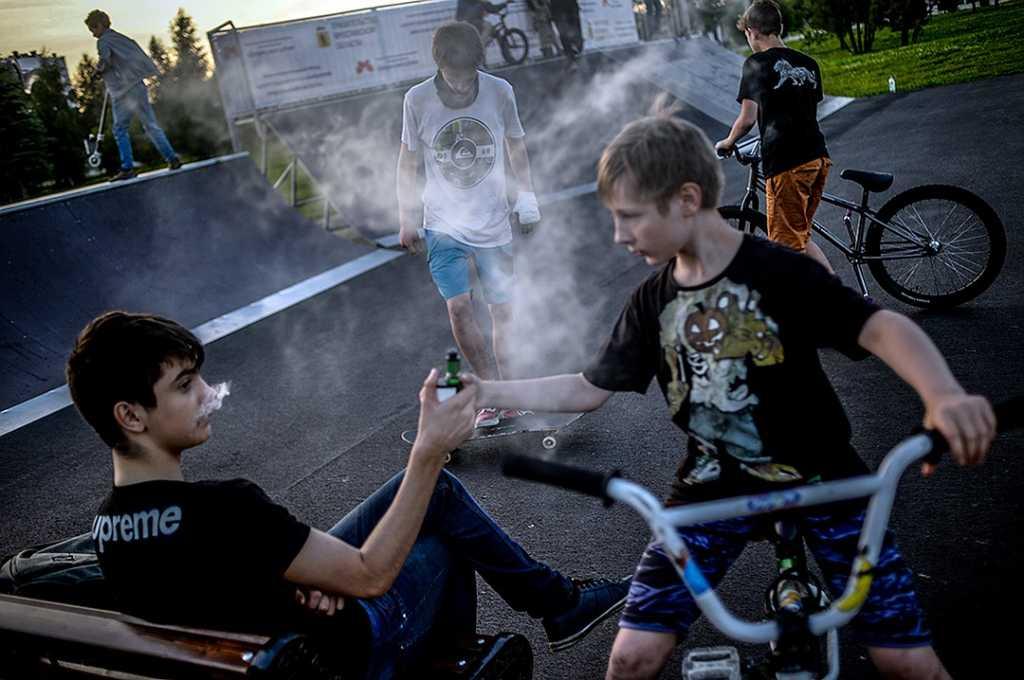 По мнению экспертов электронные сигареты содержат канцерогены