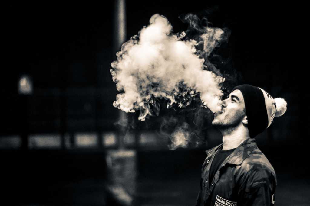 Электронные сигареты подведут под «антитабачный закон»