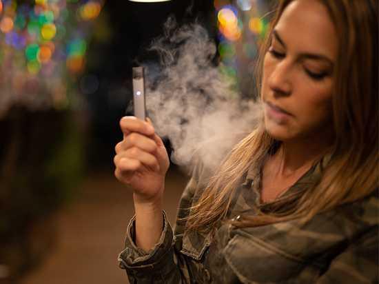FDA объявило войну «электронным сигаретам»