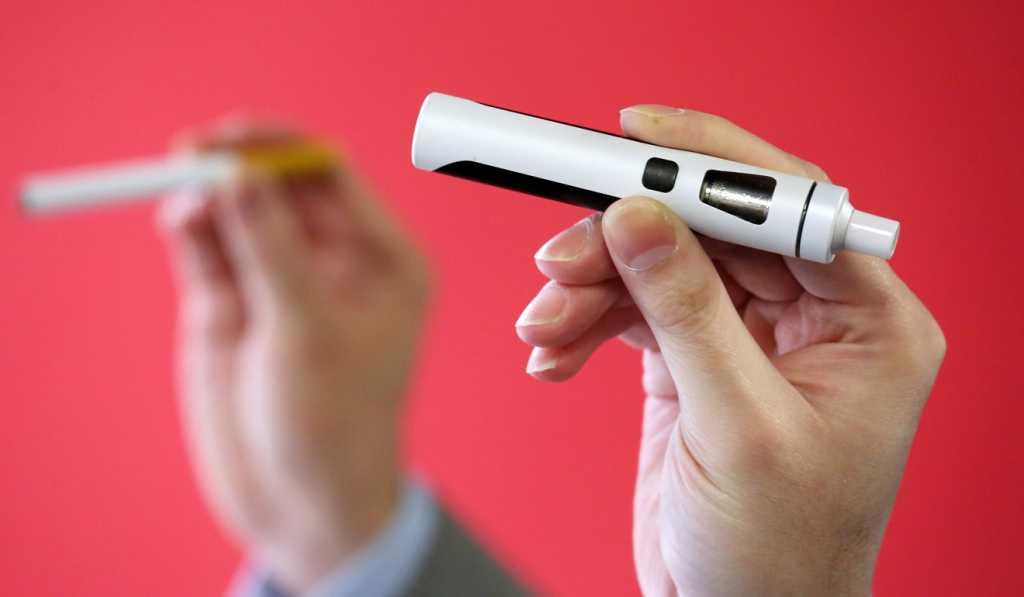 Гонконг объявляет о полном запрете на электронные сигареты.Насколько осознанным было решение