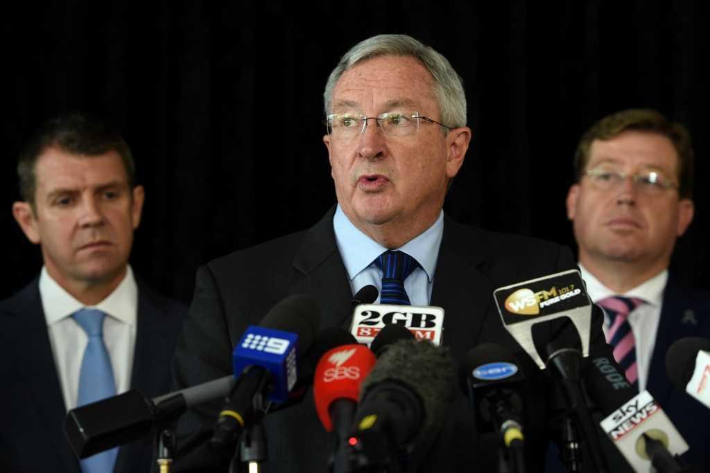 Несколько штатов в Австралии ввели штрафы за электронные сигареты.Разногласие сторон