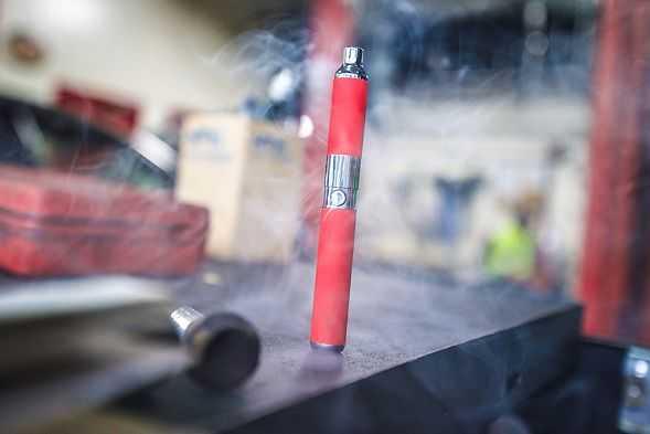 Отказаться от вейпинга легче, чем от курения табака