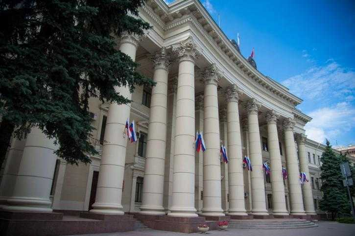 В Волгоградской области детям запретили посещать вейпшопы